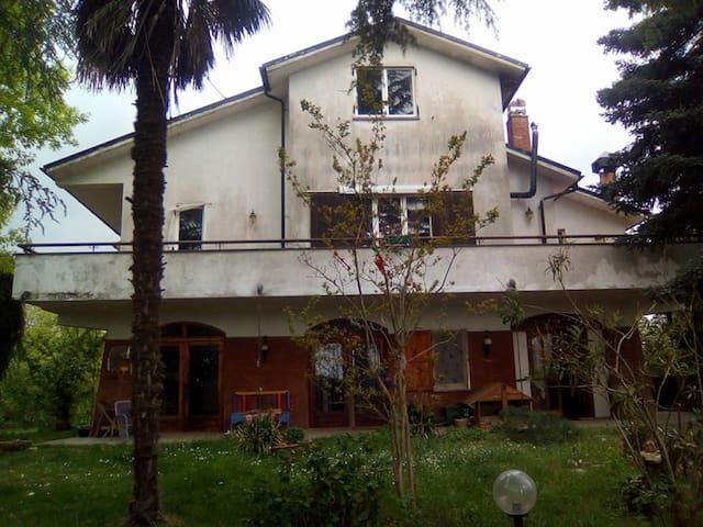 la bella casetta sul lago - Capodimonte - Holiday home