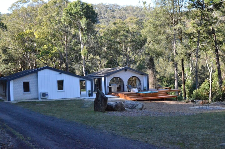 White Gum House - Pure Valley