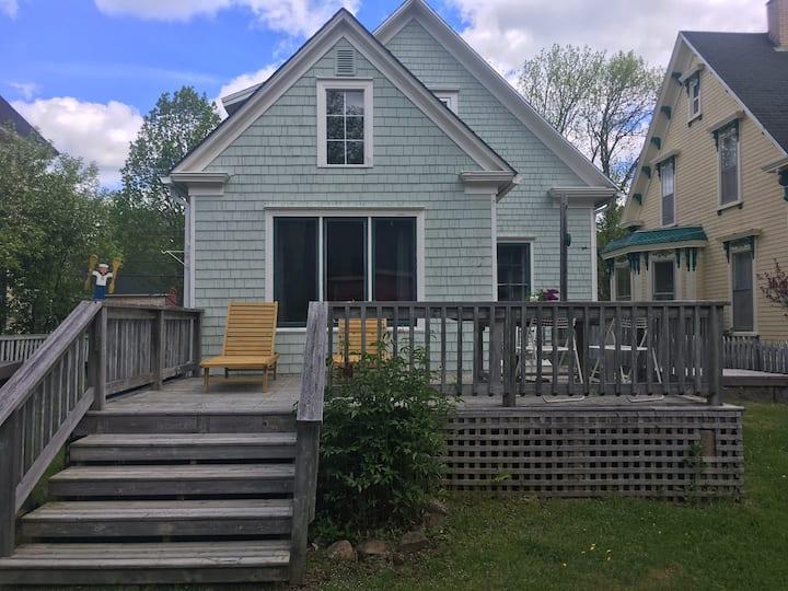 The Green Dory Cottage | Main Street Mahone Bay