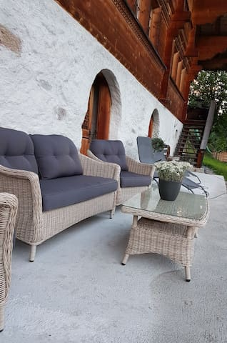 Cozy Mountain View Apartment