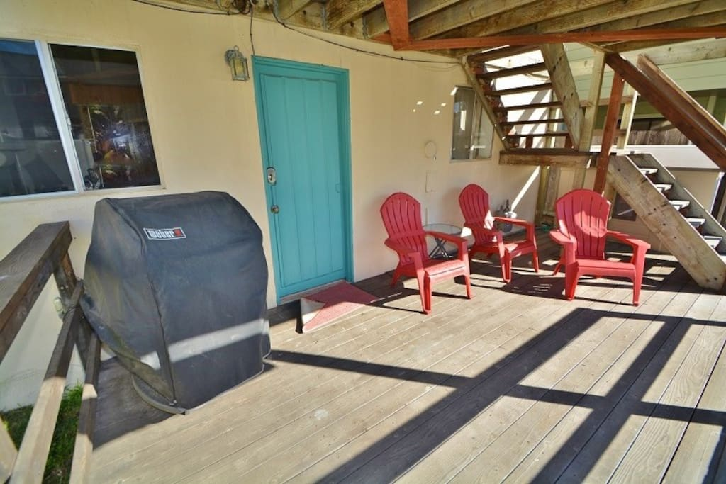 Cook al fresco with this gas BBQ and lounge in the sun