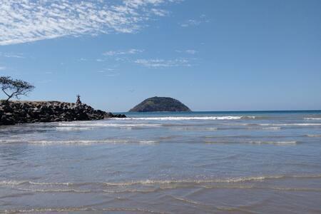 Beach condo with pool - La Peñita de Jaltemba