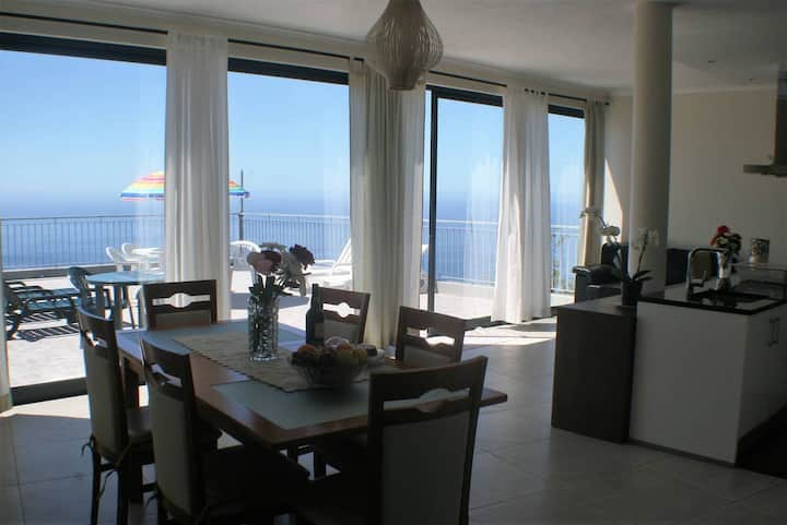 Sea & Sun House - Fantastic Ocean Views