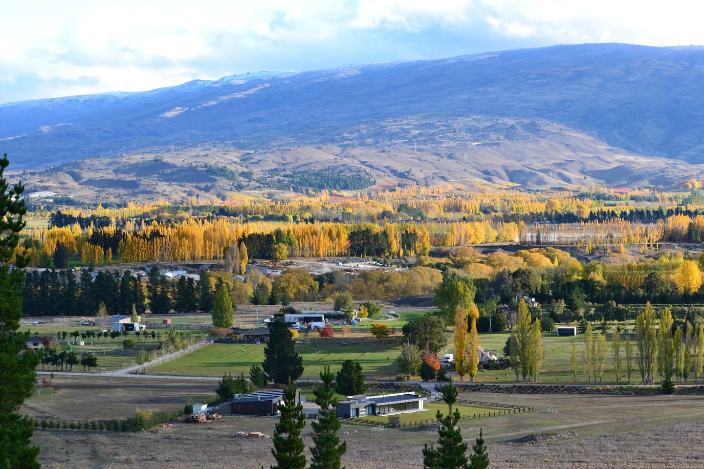 Set in the heart of stunning Central Otago Countryside minutes from Clyde and The Rail Trail.