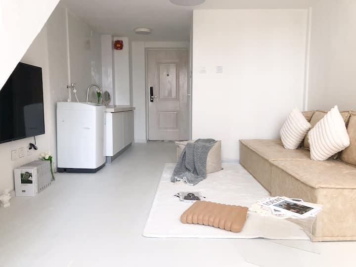 【简宿】滇池国际会展中心简约纯白loft一室