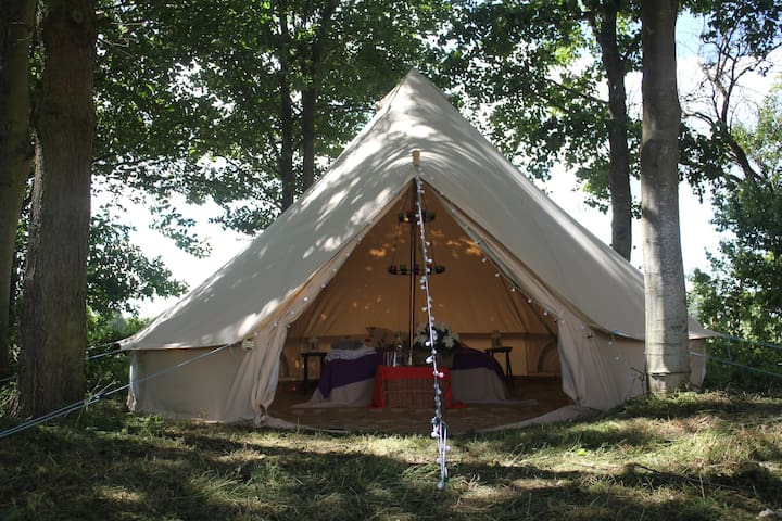The Bell Tent near Brackley, a Tranquil setting