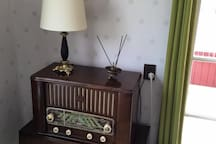 Old school radio with Turntable underneath