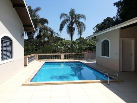 Excelente Casa Condominio SE Palmeiras