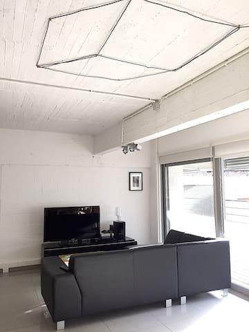 Loft de 100 m2 situé au coeur de Bruxelles - Saint-Gilles - Loft