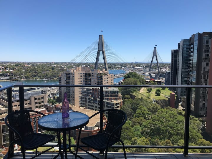 Harbourside Getaway  ★ Close to Everything