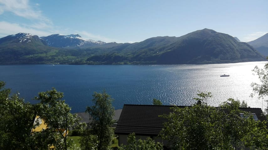 Studio apartement in Volda with a fabulous view.
