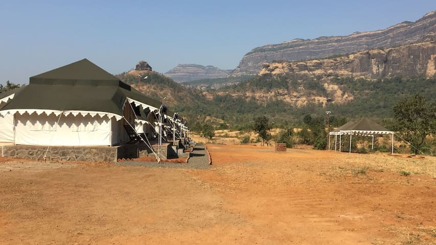 Maharaja Luxury tent houses at Karjat - Raigad - Çadır