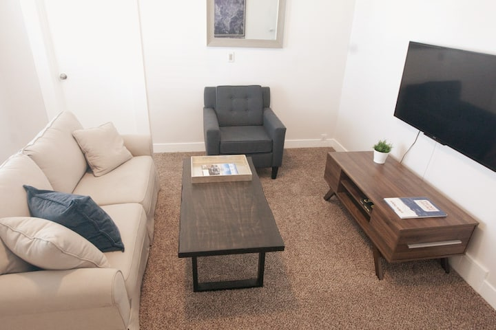 Cozy Murray Bungalow Centrally located