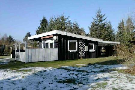 Sommerhus Marielyst - Væggerløse