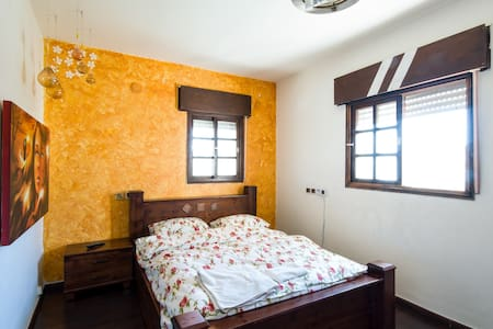 Private rooms in a villa - Kiryat Yam