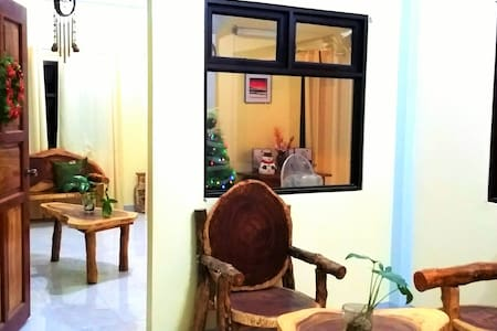 EMY'S PLACE- 2 Rooms for a group or family - Coron - Apartment