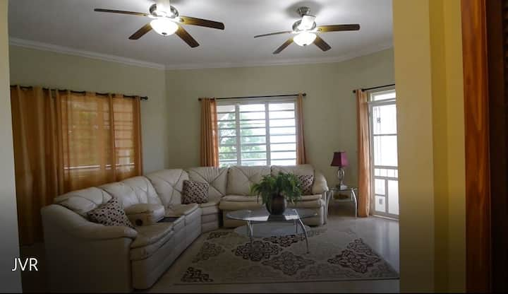 3BD 3Bath Home Away From Home