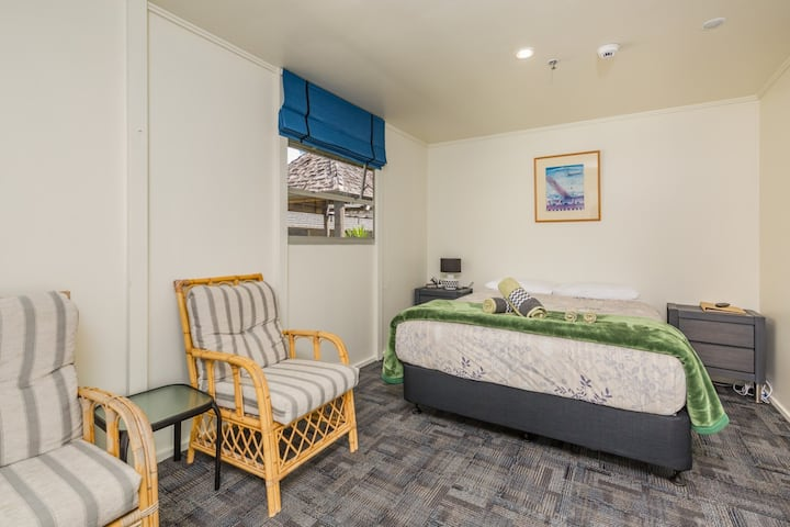 Triple Room, Riverside Lodge Paihia