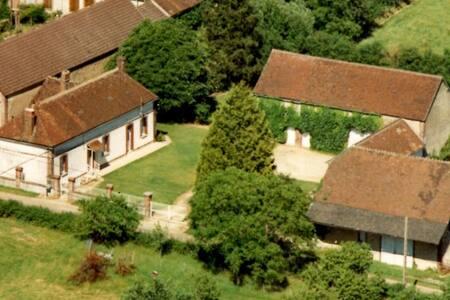 Fermette en rénovation - Sommecaise - Maison