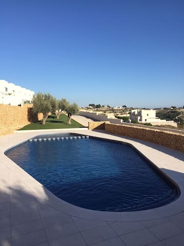 Modern linked villa in Benissa with seaviews - Benissa