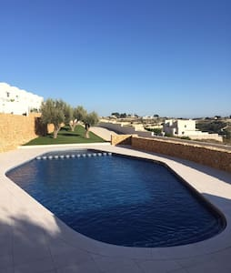 Modern linked villa in Benissa with seaviews - Benissa - Townhouse