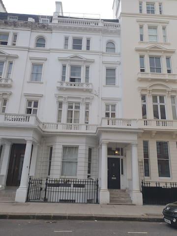 Studio Apartment Best Central London location