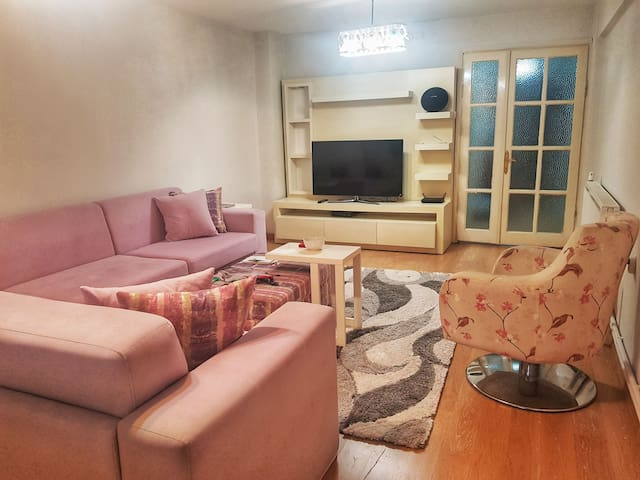 JUST 2 PRIVAT & COSY rooms in Bostanli / Karşıyaka