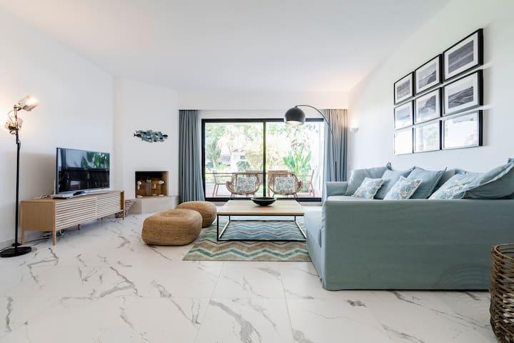 Lux & Confort - Fantástico apartamento Praia/Golf