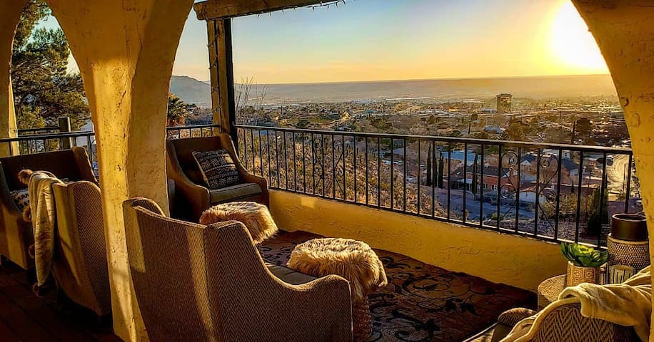 Lovely home with great views in west El Paso
