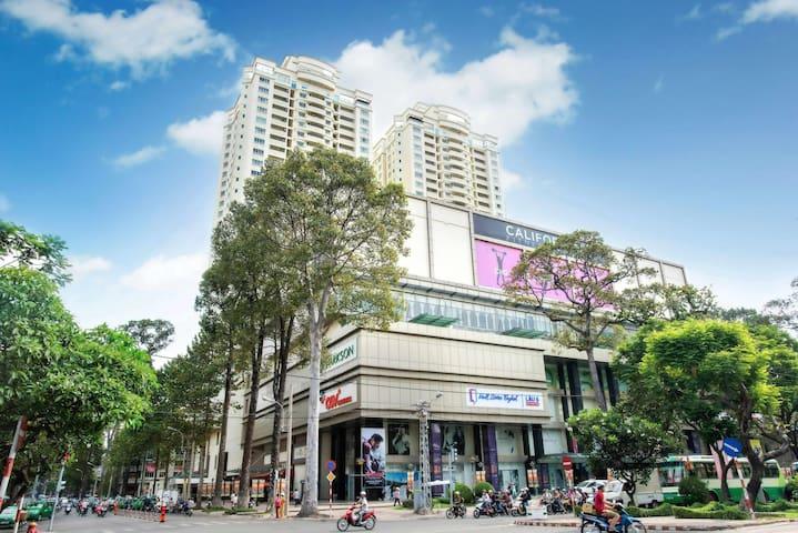 Hung Vuong Plaza 3BDR 2Bath Apt. District 5 - District 5 - Lägenhet