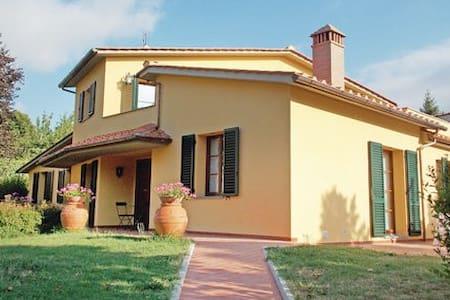 Villa Elisa - Scarperia e San Piero