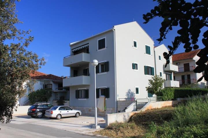 Dvosobni apartman s terasom Stari Grad, Hvar (A-8704-a)