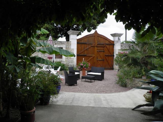 Chambre d'hôtes Le Clos du Payen - La Gonterie-Boulouneix