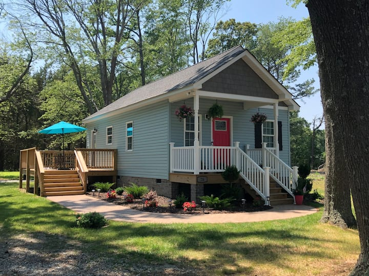 NEW - Teenie House in Deltaville