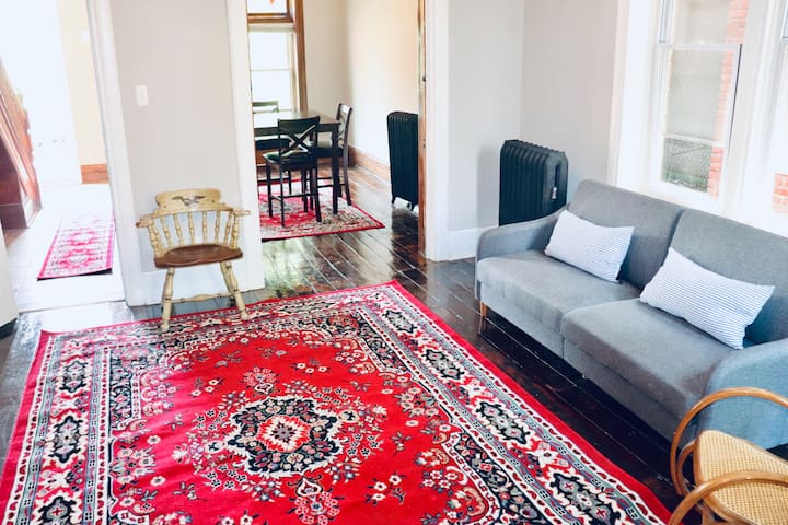 $59 a Night!!!!  Large Mansion - Corktown Detroit