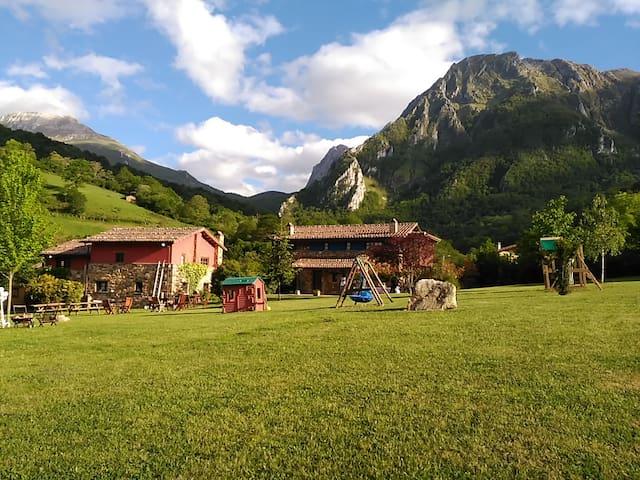 Casa rural El Palacio, casa con jacuzzi.