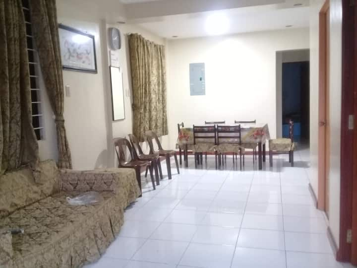 6 Bedroom House for 12-18 Pax