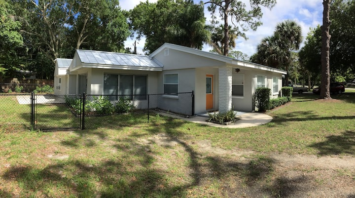 3/2 Home in Center of Vero Beach