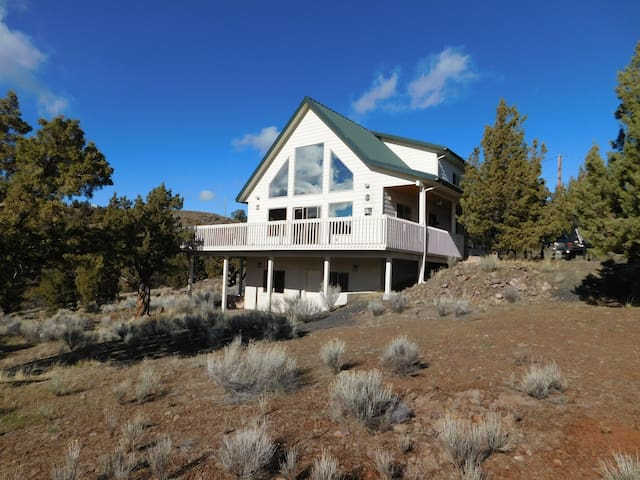 Juniper Ridge Retreat - Prineville - Rumah