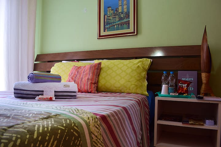 Comfortable Room with WiFi ( Airport GRU )