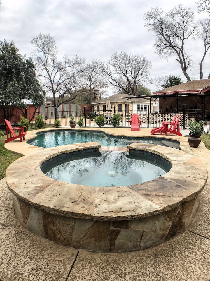 East Austin House With Pool