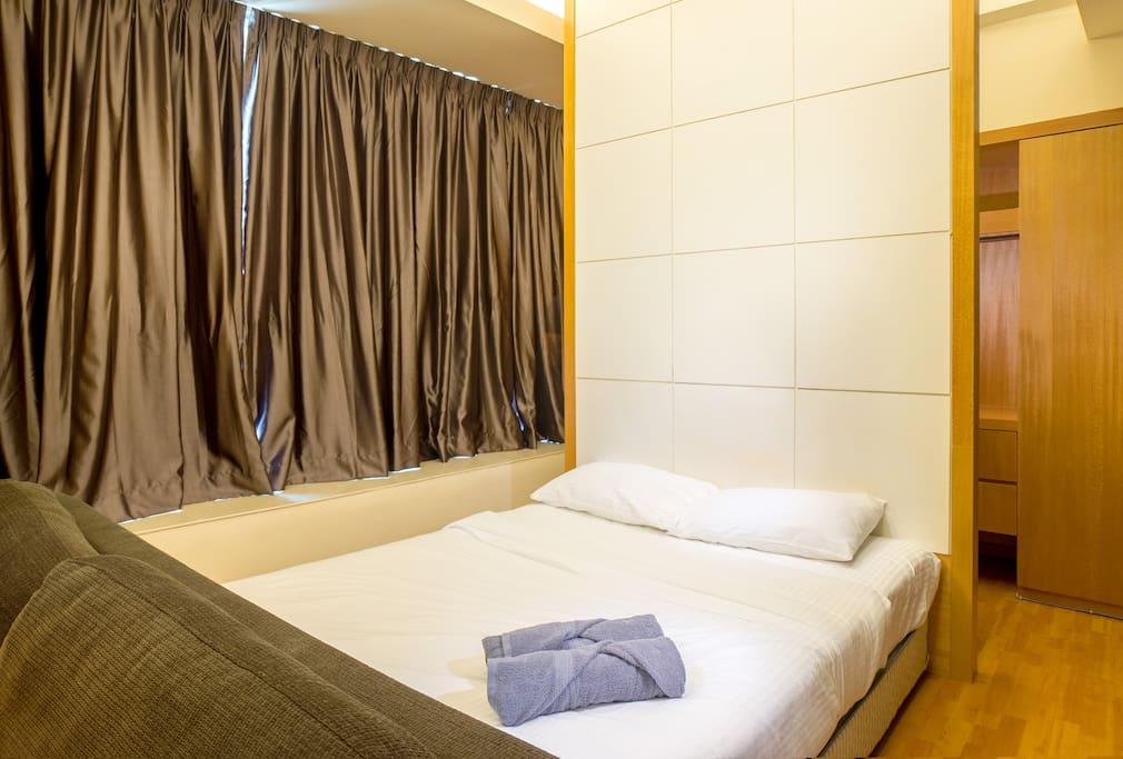 Simple Design Suites Room