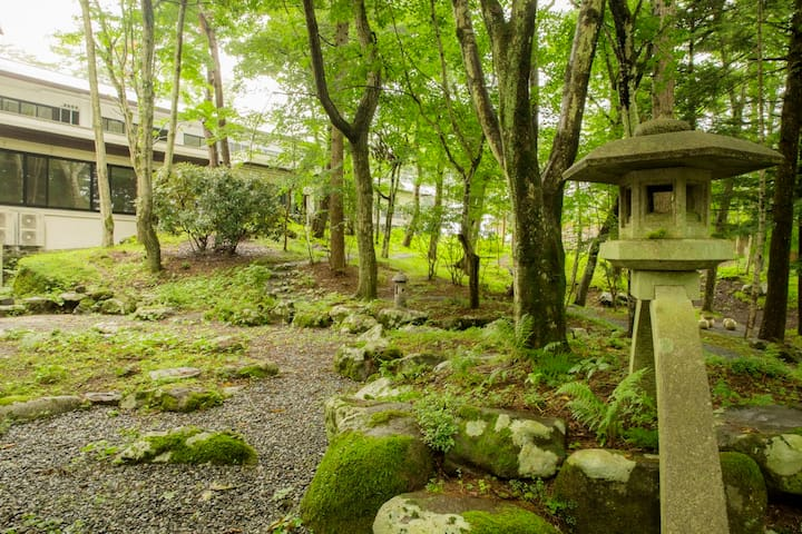 富士山の自然に囲まれた富士鵬欣会館/位置絶好/旭日丘バス駅徒步2分