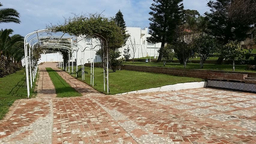 Grand apt en résidence sécurisée - Bordj El Kiffan - Apartment