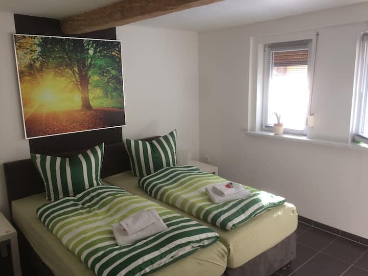 Gemütliches Zimmer in der Nähe von mühlhausen