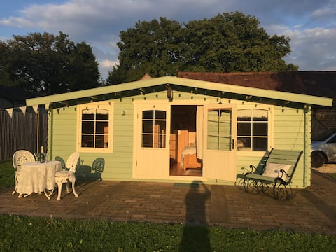 The Cabin at Church Farm Horsham,SPECIAL OFFER NOW