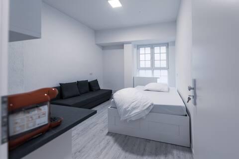 Schönes 1 Zimmer Apartment im Zentrum der Stadt