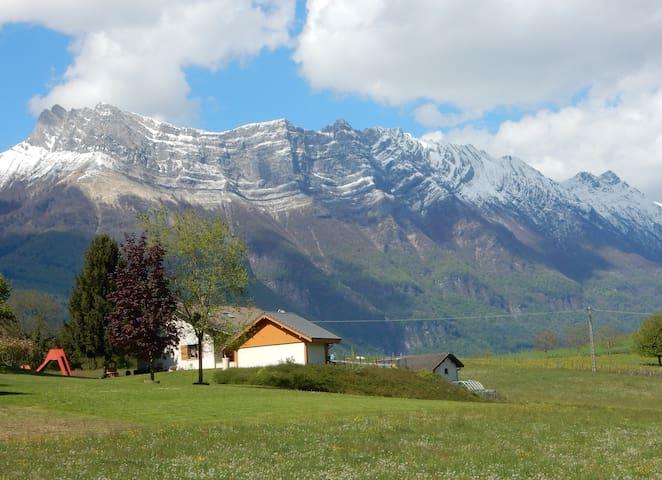 logement s/comble entre lacs et montagnes - Savoie - Coise-Saint-Jean-Pied-Gauthier