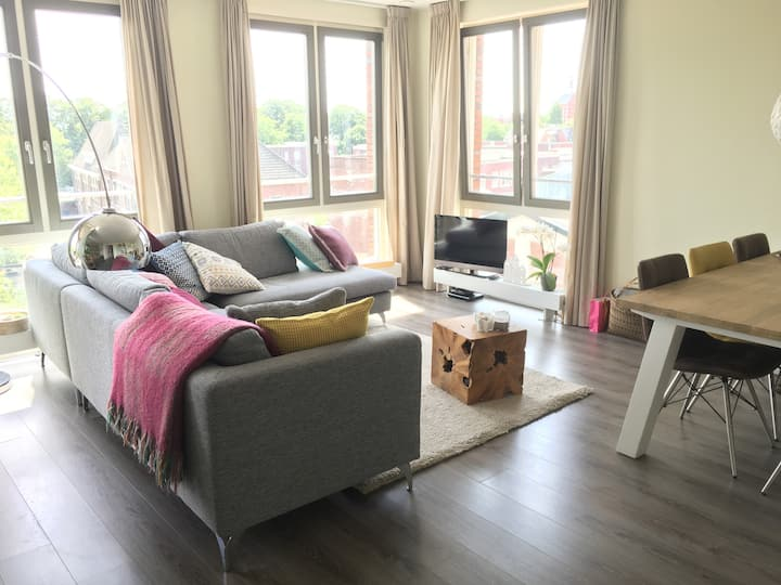 Start exploring Breda from comfy bed & apartment!