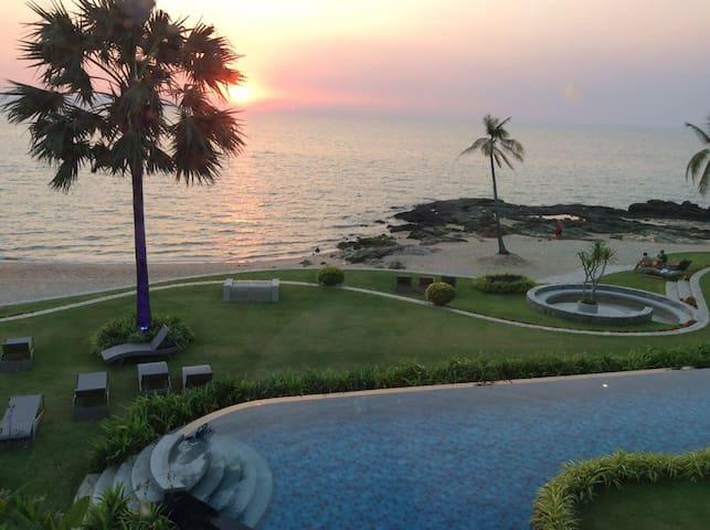Fully Seaview wifi apt in new Beachfront Condo - Pattaya - Condominio